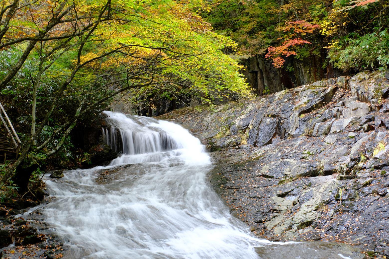 【紅葉登山】安達太良山 (92)