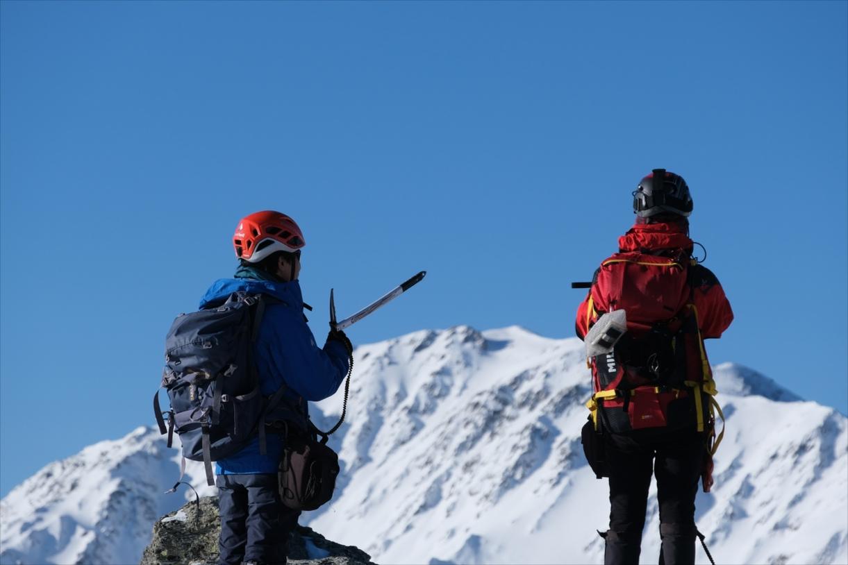 これだけあれば大丈夫!厳冬期・日帰り雪山装備の紹介
