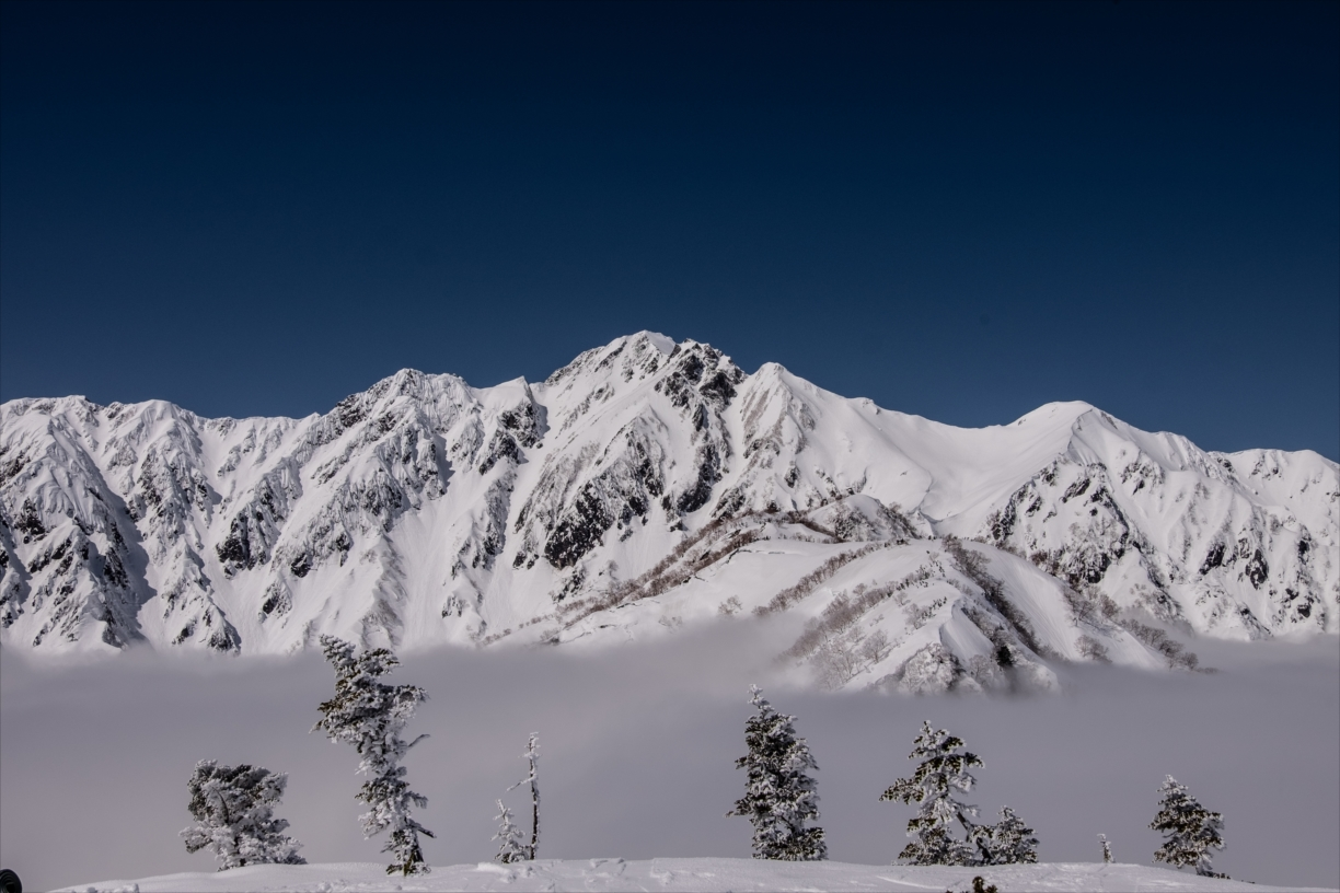 【Snow mountain climbing】Mt.Goryu- A sea of beautiful scenery that can be waited at the end of the difficult course