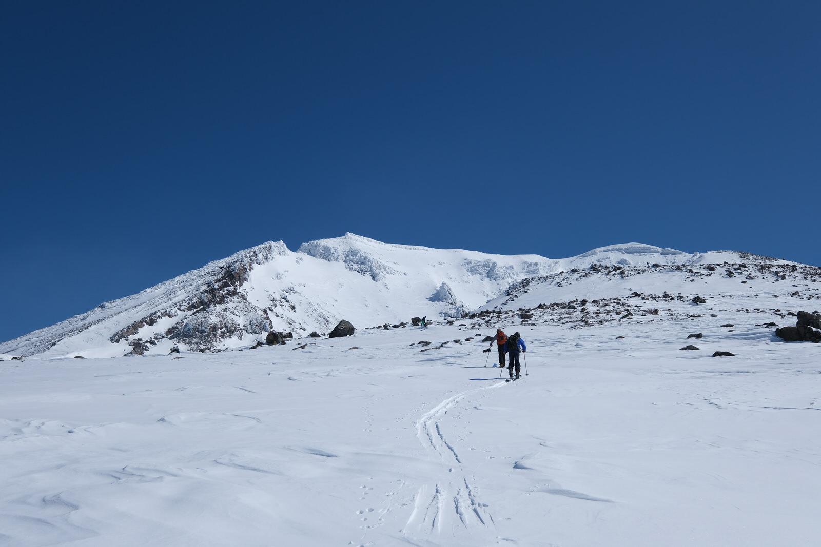 【残雪期・雪山登山】旭岳 (29)