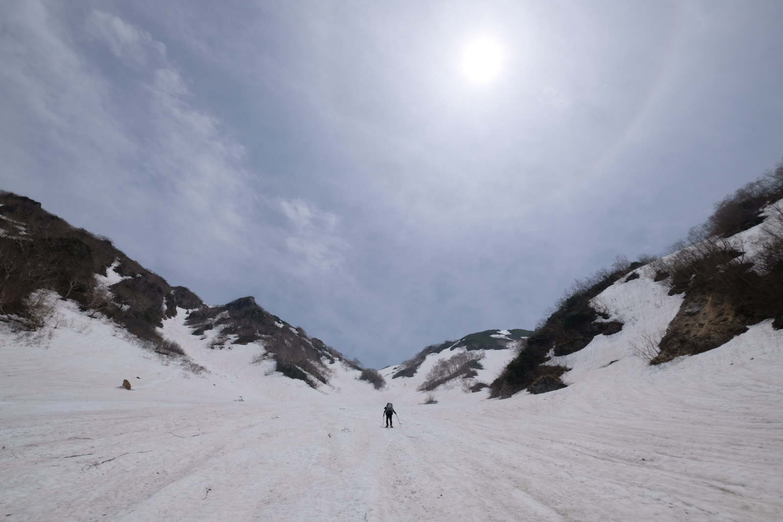 【残雪期・雪山登山】針ノ木岳~日本三大雪渓の1つを行く~