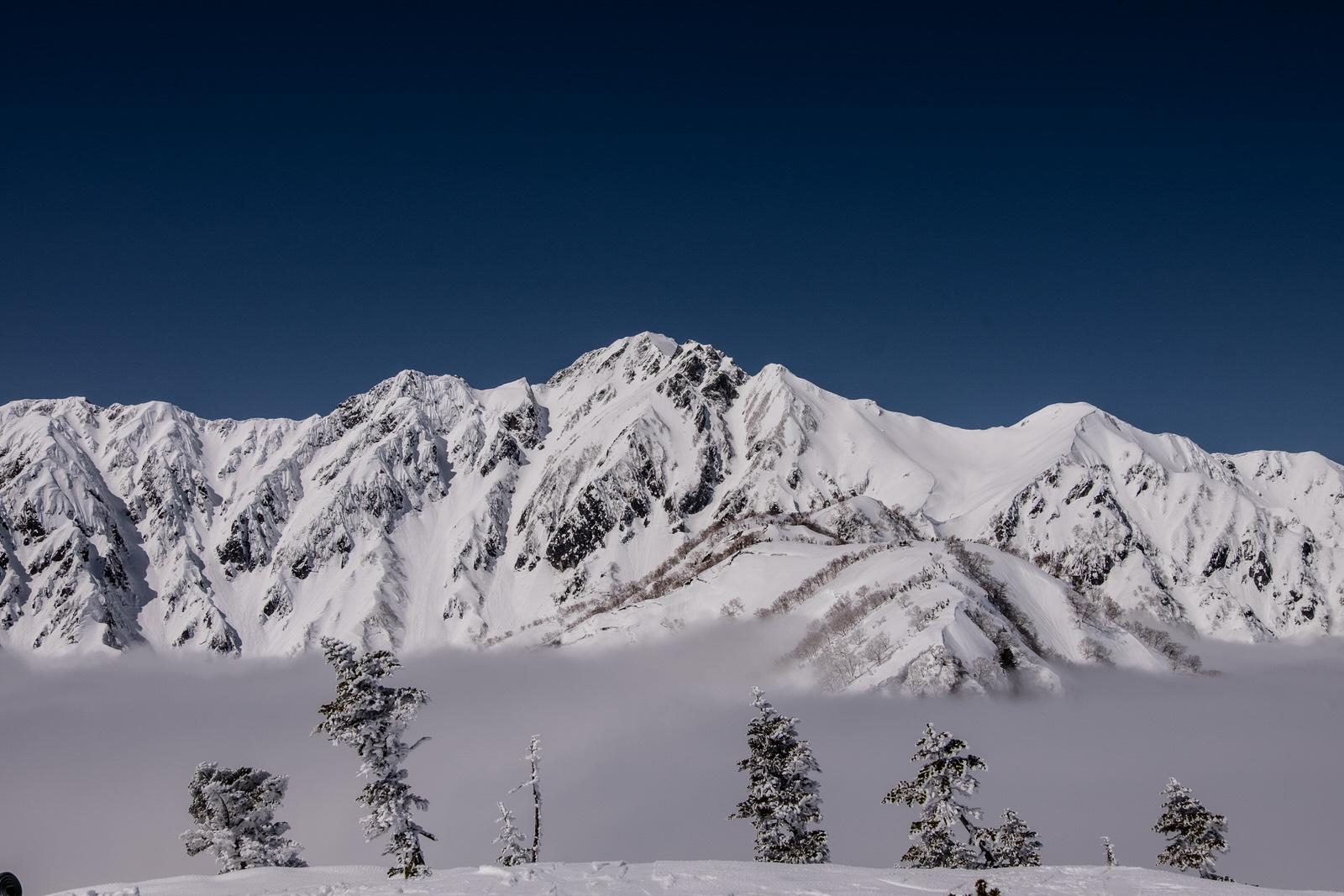 【遭難体験談】積雪期の五竜岳で標高差120mを滑落した話